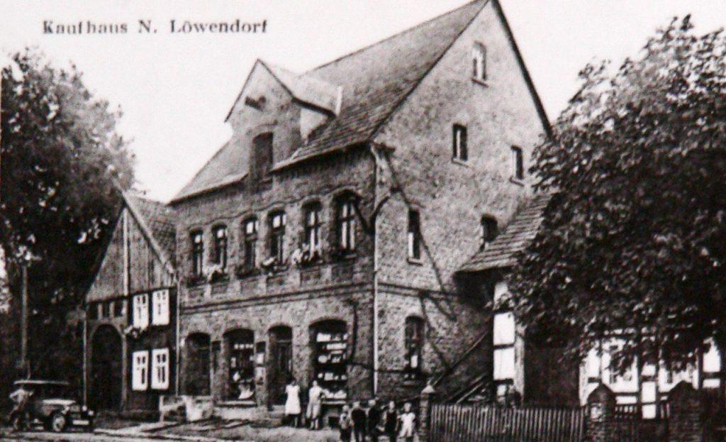 Sparkasse im ehemaligen Haus Bacharach
